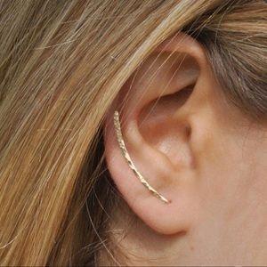 💁♀️GOLD EAR CRAWLER EARRINGS 💁♀️
